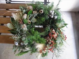 クリスマス木の実リース☆